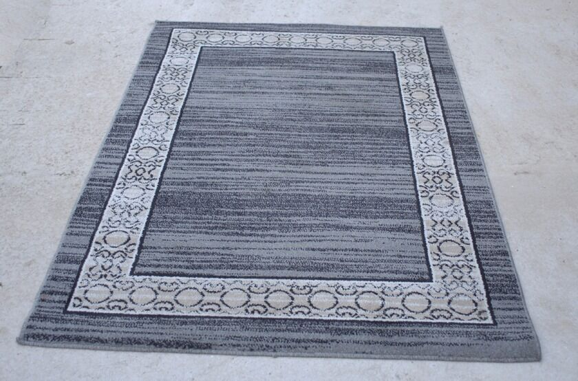 Black, grey and white rug in perfect conditionin Doncaster, South YorkshireGumtree - General purpose domestic rug, black, grey and white, in excellent condition. Size is 1700mm x 1200mm (5ft 8in x 4ft). Non smoking, pet free household. Any inspection welcome, Walkeringham, Near Gainsborough, DN10. Cash on collection please. Please...