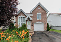 Vaudreuil New Starter Home Close to all amenities!!