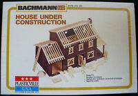 HO BACHMANN PLASTICVILLE BLDG #2803 HOUSE UNDER CONSTRUCTION MIB