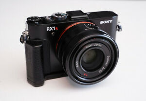 Sony RX1RII Camera - NEW PRICE - EXCELLENT Condition