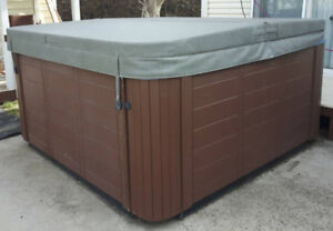 Pre-Owned Coast Spas Hot Tub with cover