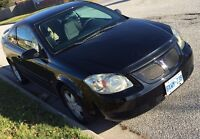 09 Pontiac G5 -  REDUCED TO $4000. (Price is firm)