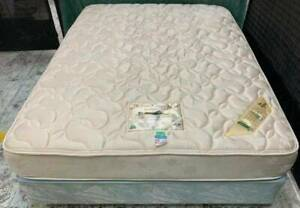 Excellent condition queen bed mattress with queen bed base for sale #4