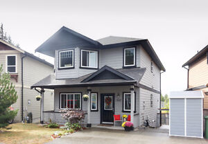 945 Starling Place - Great Family Home, Fenced Yard + Storage
