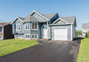 TURNKEY FAMILY HOME IN MONCTON NORTH! PRICED TO SELL!