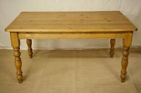 LARGE 5 foot Pine Table as new