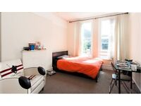 Bright and Spacious double room in West Kensington
