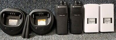 Motorola Cp200 Uhf Set Of 2 Radios 4 Channel Oem Chargers Very Good Buy 1-7 Sets