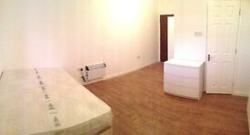 Modern Furnished Studio Flat for Rent ,located in Southall Broadway,Easy access to Ealing