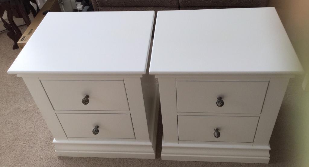 2 Corndell White Bedside Cabinets In Harrow London Gumtree