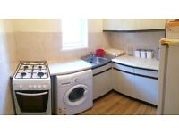 FLAT SHARE*SUITABLE FOR FEMALE*ALL BILLS INCLUDED*NO DSS*NEAR STRATFORD RD*ROOM 1 OAKWOOD ROAD(
