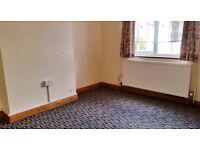 Cowley, Furnished double room available now to single prof./ mature student - BMW/ Brookes