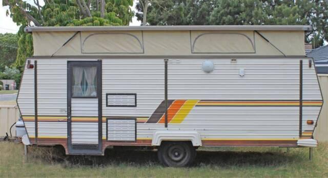 Perfect 2005 Coromal Excel 457  Caravan Camping Sales