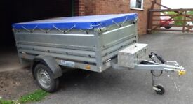 Trailer for sale 750 Kg gross 10 months old hardly used