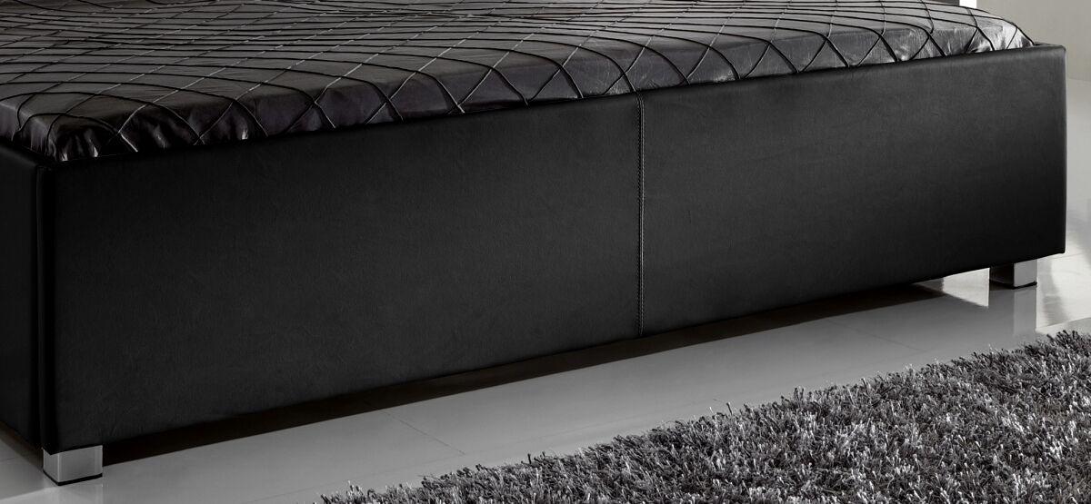 designer lederbett mit swarovski elements leder. Black Bedroom Furniture Sets. Home Design Ideas