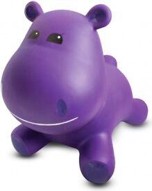 Hippo hopper