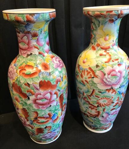 Antique Pair of 19th century of Dàoguāng Emperor Chines Porcelain Vases