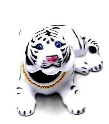 WHITE MOVING HEAD TIGER car dash BOBBLE heads NEW  wild animal bobbing new toy