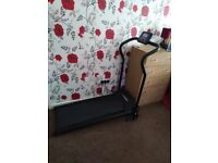 Hi I'm selling this electric tredmill only used a few times in excellent condition.
