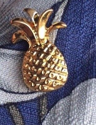 "pineapple pin gold pineapple pin hospitality pin lapel pin 3/4"" tall"