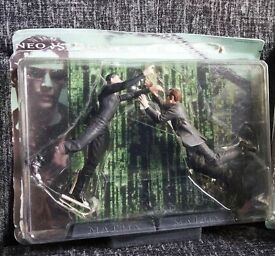 The Matrix figures (Neo Vs Agent Smith)