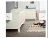 Mia classic 3 piece set mamas and papas nursery set cot bed