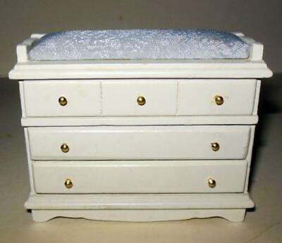 VINTAGE NURSERY CHANGING TABLE WHITE #6200 DOLLHOUSE FURNITURE MINIATURES Antique White Changing Table