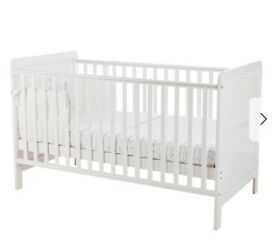 Cotbed white