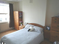 Spacious and bright flatshare in Shepherds Bush