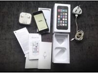 iPhone 5S Unlocked 16Gb Immaculate condition boxed