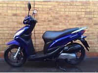 Honda 110cc vision moped