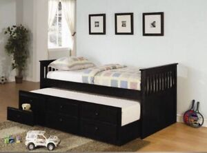 BEAUTIFUL BLACK WOODEN DAYBED BRAND NEW
