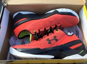 LOOKING FOR: Curry 2 low size 10