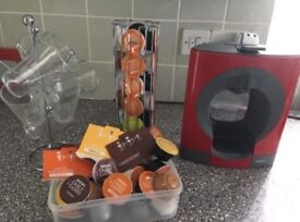 Coffee machine with accessories