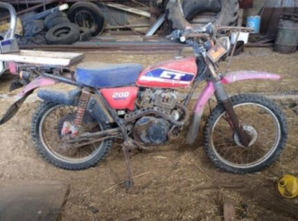 WANTED : OLD MOTORCYCLES DIRTBIKES AG BIKES JAPANESE  Ballarat Central Ballarat City Preview