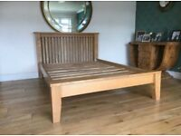 Beautiful Solid Oak Standard Double 4ft 6 Bed frame, great condition