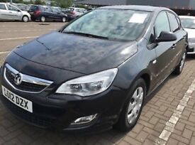BLACK VAUXHALL ASTRA 1.7 CDTI 5 door