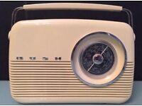 Radio Vintage Retro Bush FW MW LW Electric And Battery Cream