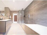 Experienced professional tiler specialising in porcelain, ceramics, mosaics and stone.
