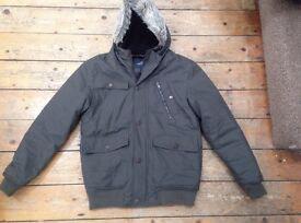Men's winter coat Size Large