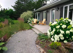2 Bedroom, Furnished Home in Prince Edward County