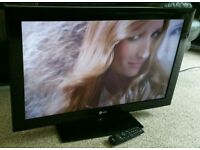 """LG 42"""" LCD TV FULL HD BUILT IN FREEVIEW EXCELLENT CONDITION REMOTE CONTROL HDMI FULLY WORKING"""