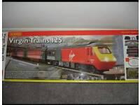 HORNBY R1023 VIRGIN TRAIN SET