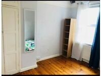 Lovely Single and double bedroom available now in the city centre