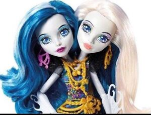 Monster High Great Scarrier Reef Peri & Pearl Cleveland Redland Area Preview