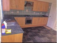 3 bed house in hardy view, Beeston, Leeds 11 to rent £650 pm
