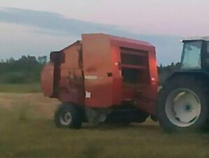 2009 AGCO 5556 Round Baler- Hard Core- Might trade for Tractor