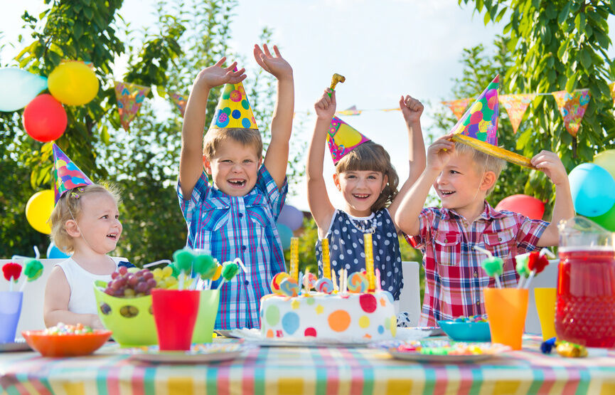 Your Guide to Novelty Birthday Cake Supplies