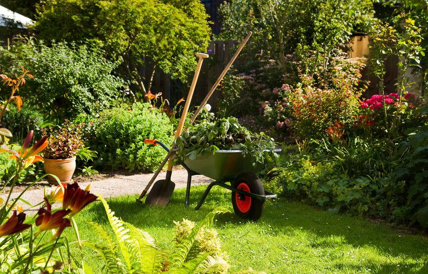 Was ist bei der Auswahl einer Gartenschaufel zu beachten?