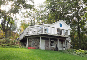 Exclusive Lakefront Cottage